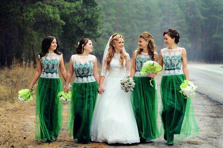 robe demoiselle d'honneur verte appliqué de dentelle