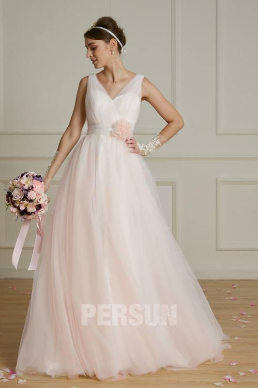 robe de mariée rose col en V 2019 et bouquet rose