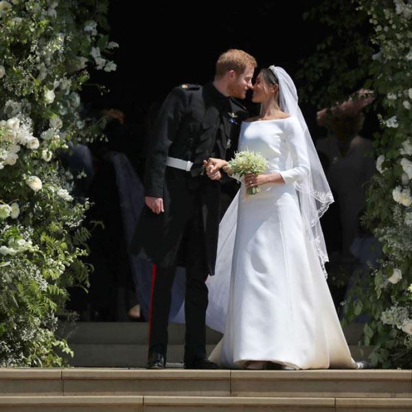 robe de mariée simplie avec manche Meghan Markle