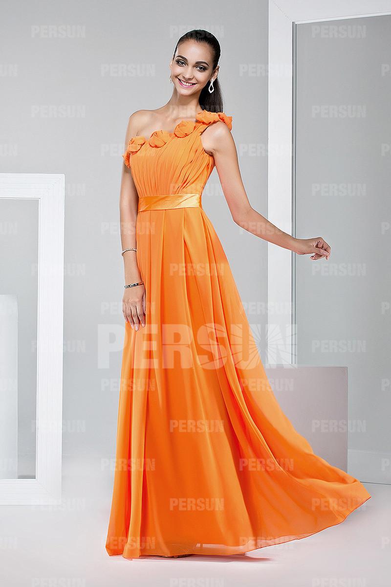 robe orange chic et classique pour mariage orné de fleurs