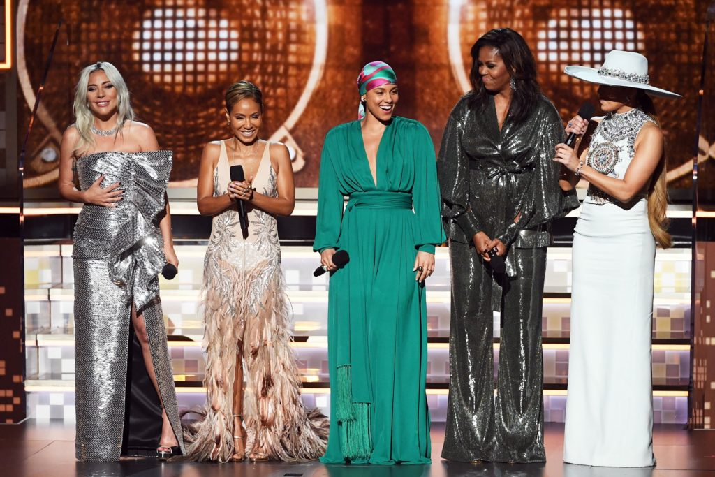 Jada Pinkett Smith, Alicia Keys, Michelle Obama et Jennifer Lopez aux Grammys Awards