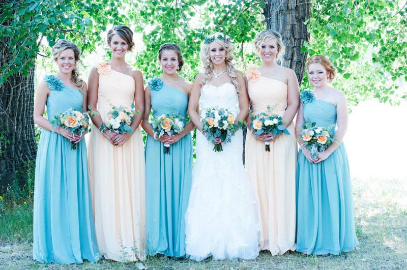 robe demoiselle d'honneur turquoise bleu et jaune pale longue asymétrique