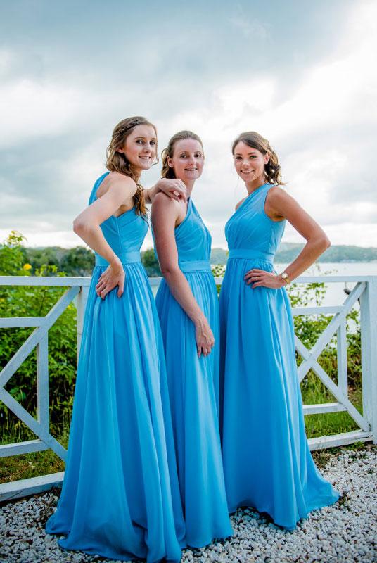robe bleu asymétrique pour demoiselle d'honneur