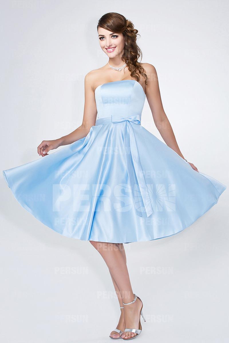 robe bleu pale courte bustier droit à noeud papillon courte pour mariage