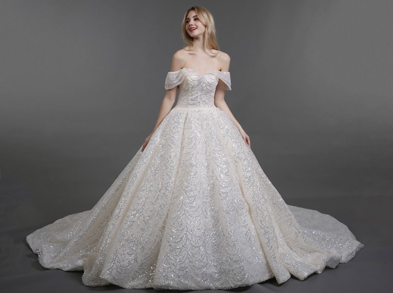 robe de mariée princesse épaule dénudé