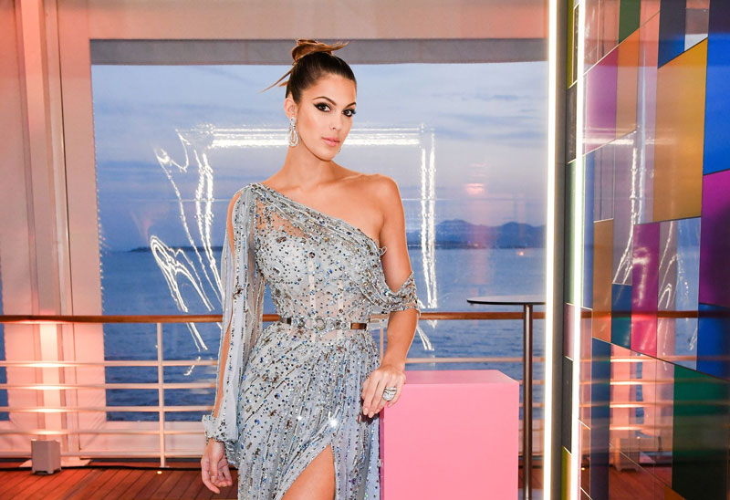 Iris Mittenaere éblouissante au festival de Cannes 2019