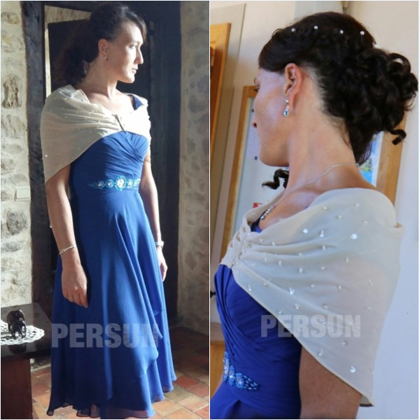 étole blanc orné de strass pour une robe de soirée
