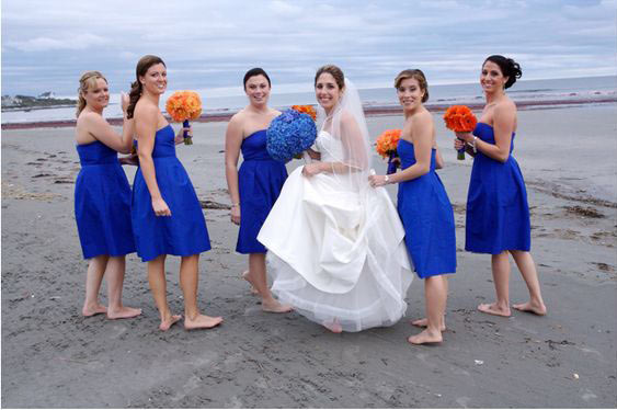 robe demoiselle d'honneur bleu roi courte pour mariage plage