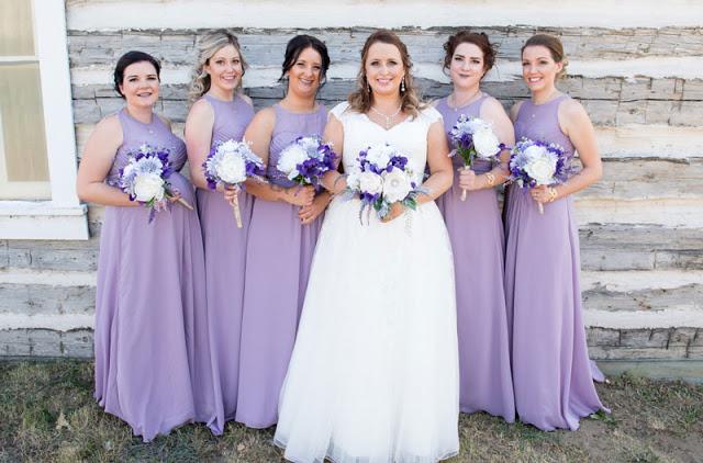 robe demoiselle d'honneur longue violette col illusion bustier plissé