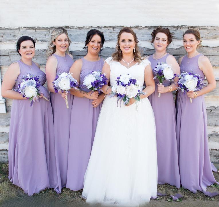 robe demoiselle honneur longue violette col illusion bustier plissé