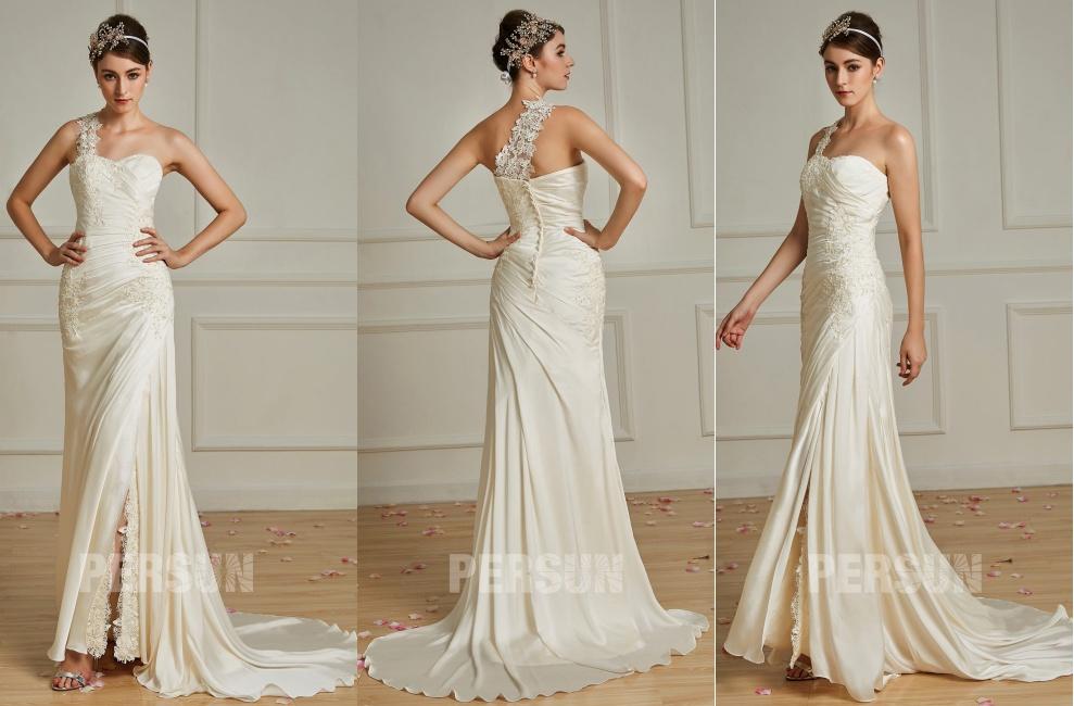 robe de mariée couleur crème fendue asymétrique appliquée de guipure